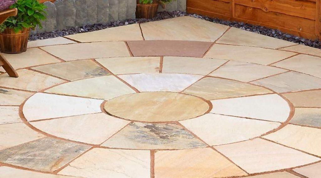 sandstone patio 1024x569 1